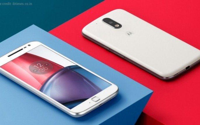 02-Moto-E4-Launched-How-it's-better-than-Moto-E3-343x215@2x