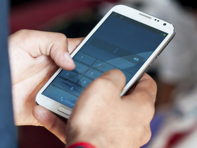 Smartphone Shipments to Elevate by 5% in 2017: Report