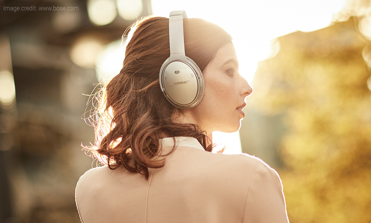 This Bose QC 35 II Wireless Headphone Has Virtual Assistant