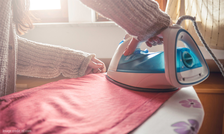 Avoid These Common Mistakes While Using a Steam Iron
