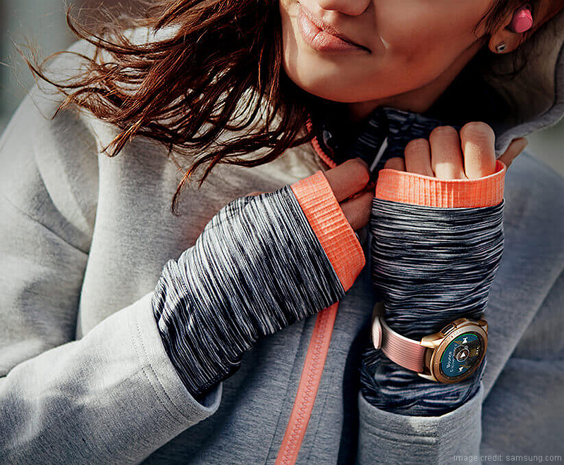 Smart & Stylish Smartwatches for Women to Pick in 2019